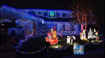 Fritz's Holiday Lights: Glendora's Sparkling Block