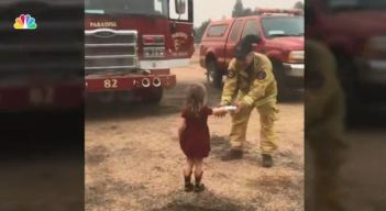 2-Year-Old Hands Out Sandwiches to California Firefighters