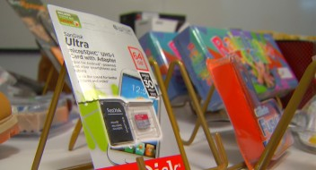 How to Spot Counterfeit Goods This Holiday Shopping Season