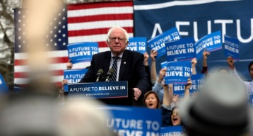 Sanders Campaign to Lay Off Hundreds of Staffers