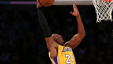 Kobe Bryant Scores 20, Lakers Lose