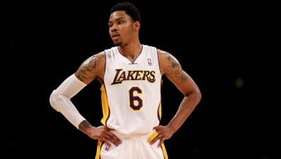 Lakers' Bazemore Out for Season