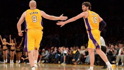 Lakers: Pau Gasol Practices