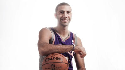 Lakers Sign Kendall Marshall