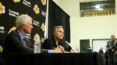 D'Antoni Still Coach, Lakers GM Wraps Up Year