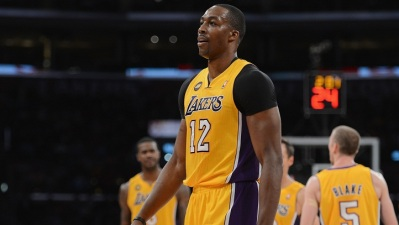 Lakers Publicly, Privately Woo Dwight Howard