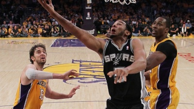 No Mercy: Spurs Crush Injured Lakers