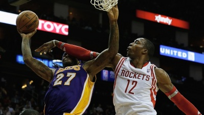 Lakers Host Dwight Howard, Rockets