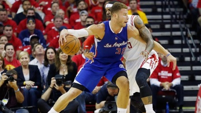 Rockets Beat Clippers in Game 2