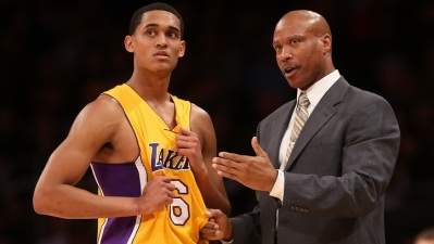 Lakers Spanked in San Antonio