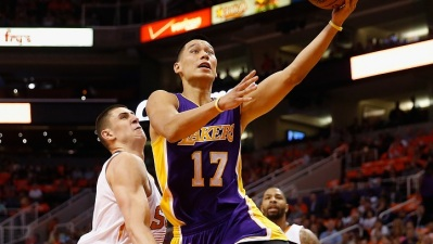 Suns Beat Kobe-Less Lakers 115-100