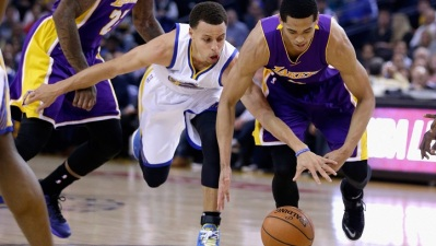 Lakers Stand Tall, Still Fall to Warriors