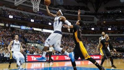 Lakers Host Mavericks on Sunday