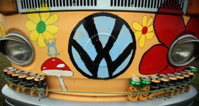 Tie-Dyed To-Do Spotlights Vintage VWs