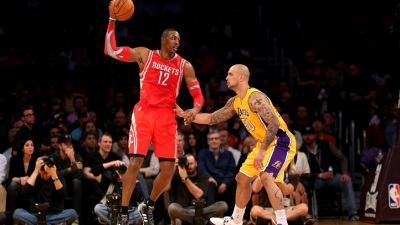 Fans Boo Howard, Lakers Still Lose