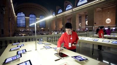 Apple Wants to Sue Bankrupt Kodak