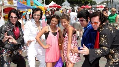 Elvis Flash Mob