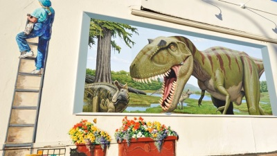 Lompoc Lark: Mural in a Weekend