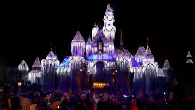 Disneyland's Holiday Sneak Peek
