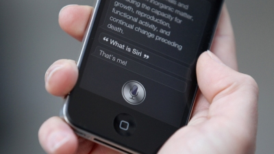 Only Half of iPhone Users Like Siri