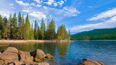 Warm-Weather Alert: Bass Lake Resorts Open
