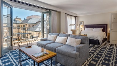 Garden Court Hotel: Take the Lift Home Deal