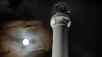 Lighthouse Adventure: Full Moon Tours