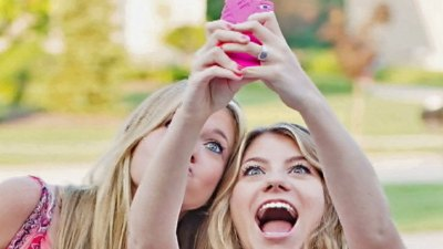 Snapchat Models Sue for Compensation