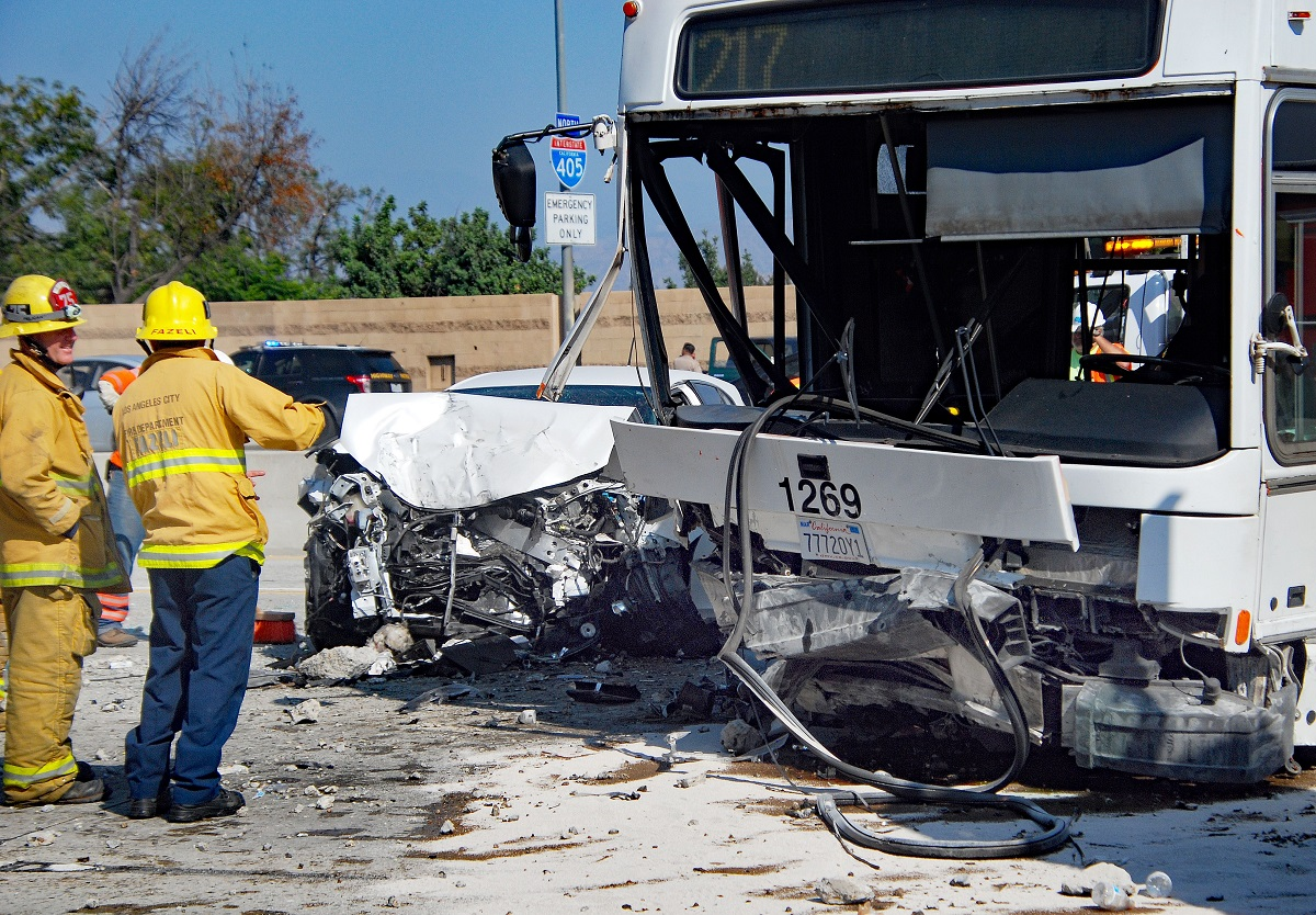 A bus crash on the 405 Freeway temporarily shut down the major Southern California artery in both directions.