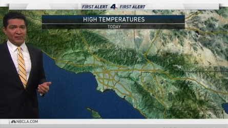<p>Unseasonably warm temperatures are sticking around. Anthony Yanez has your First Alert Forecast on Sunday, April 22, 2018.</p>