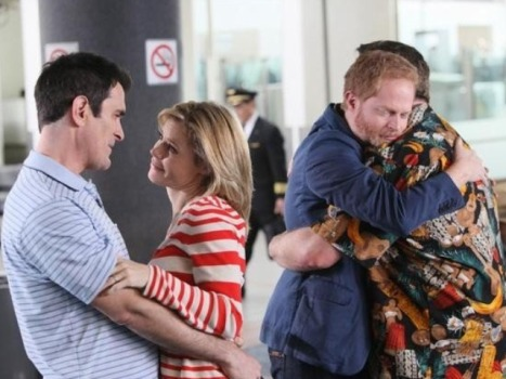 "We're Going to Get a ""Modern Family"" Kiss from Cam and Mitch After All"