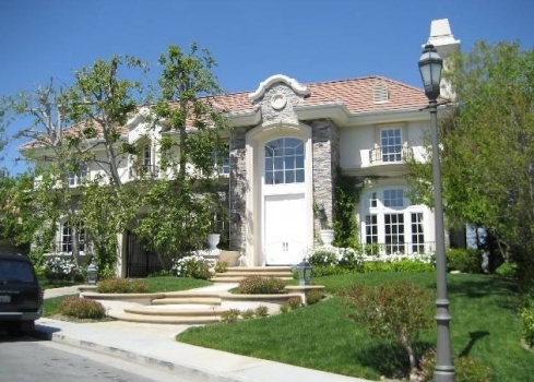Chris Tucker Lists Mulholland Park Estates Mansion