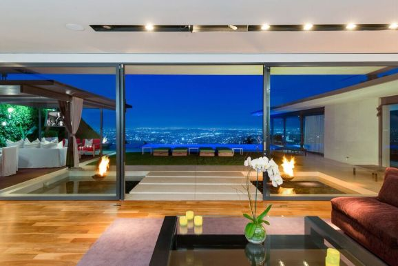 Marvelous Matthew Perryu0027s Hollywood Hills Abode Hits Market For $13.5M