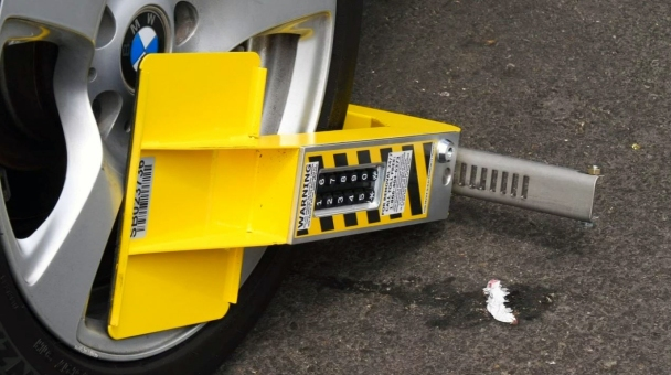 LA's Parking Ticket Deadbeats Outsmart the Smart Boot