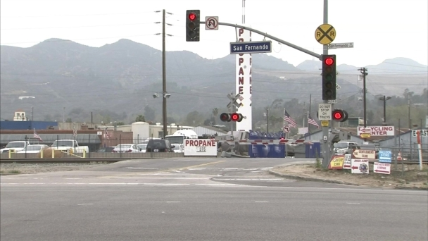 Fate of Dangerous LA Rail Crossing Considered