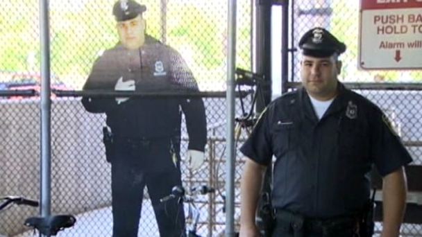 Cardboard Cutout of Cop Reduces Bike Theft Rate