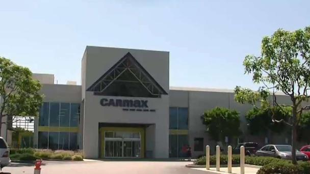 Woman Taken for a Ride After Selling Sedan to Carmax