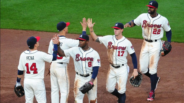 Braves Beat Dodgers 5-2