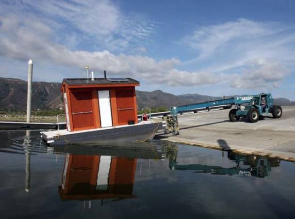 Floating Toilets Open on Lake Elsinore