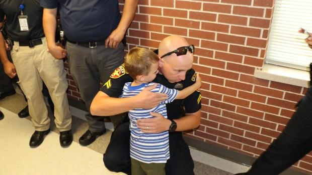 [NATL-DFW] Amarillo Police Escort Fallen Officer's Son to School