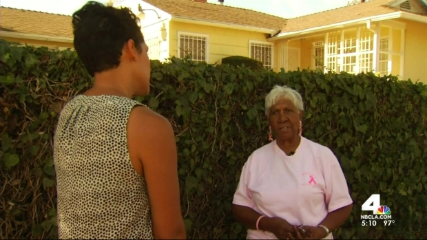 [LA] Volunteers Go Door-to-Door to Raise Breast Cancer Awareness