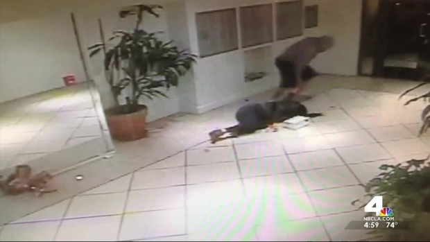 [LA] Violent Elevator Robbery Caught on Camera