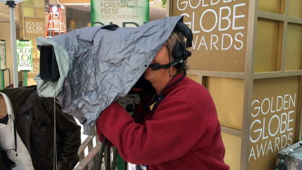 [NATL-LA] Rain Drops in on Golden Globes Preparations
