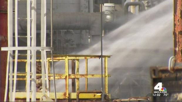 [LA] Explosion Rips Through Torrance Oil Refinery