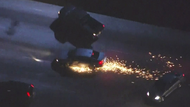 [LA] Raw Video: High-Speed Pursuit Ends in Freeway Crash
