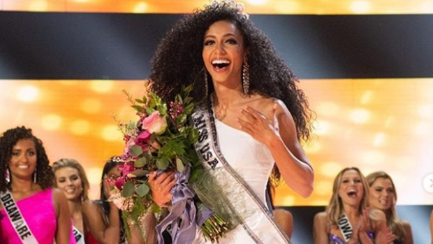 [NATL-AH] Miss North Carolina Chelsie Kryst is New Miss USA