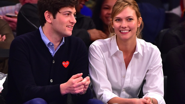 [NATL] Celebrity Hookups: Model Karlie Kloss Marries Joshua Kushner