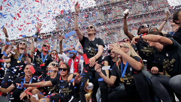 [NATL] Pictures from the US Women's World Cup Victory Parade