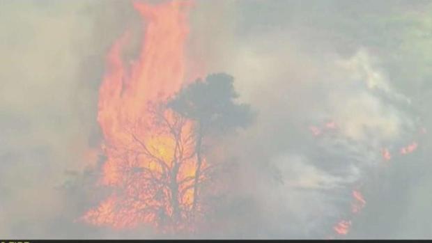 [LA] Aliso Fire Evacuations Lifted