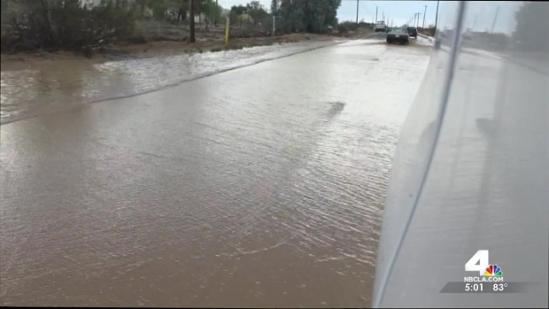[LA] Apple Valley Flash Floods Leave Cars Stranded